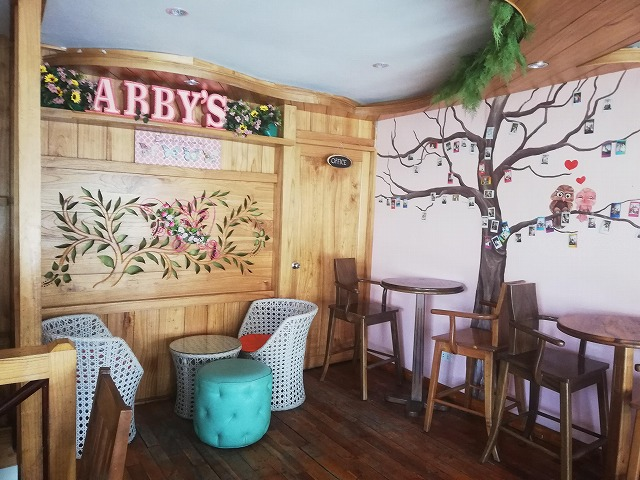 Abby's by Pinky Coffee and Sweets 店内