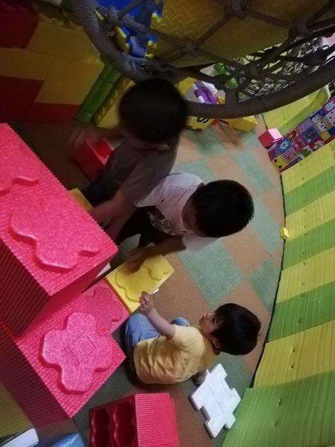 アヤラモール 室内遊び場