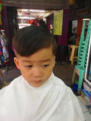 ヒトラー 髪型