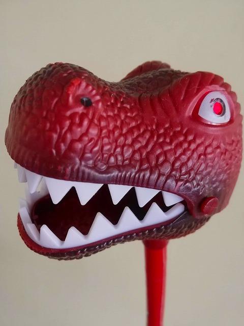フィリピン 恐竜おもちゃ