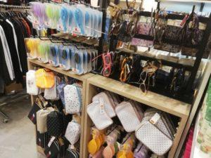 フィリピン bench ファッション雑貨